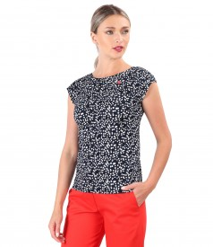 Blouse made of elastic viscose jersey