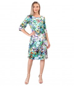 Casual satin dress with floral motifs
