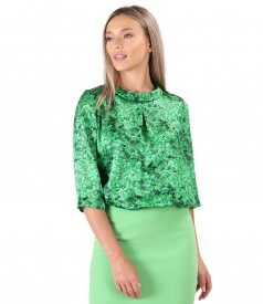 Natural silk blouse printed with floral motifs
