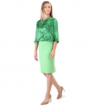 Office outfit with natural silk blouse and tapered skirt