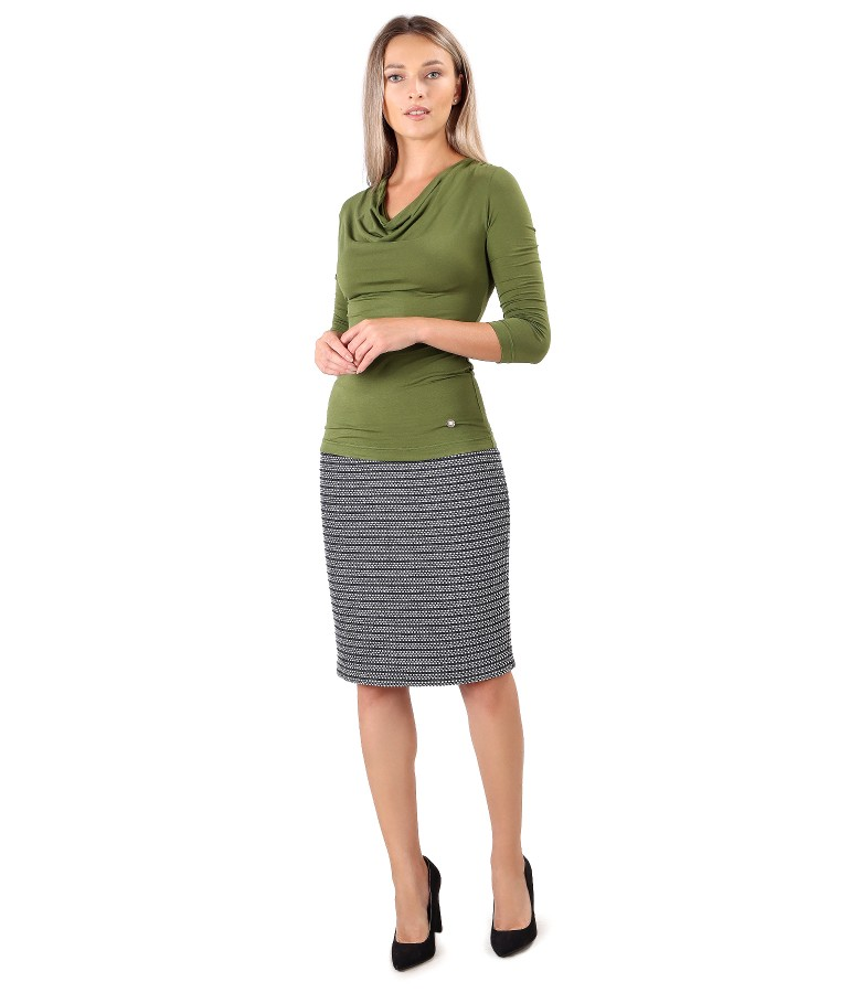 Office skirt with jersey blouse with pleats at the neckline